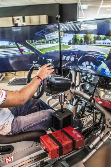 what is simracing